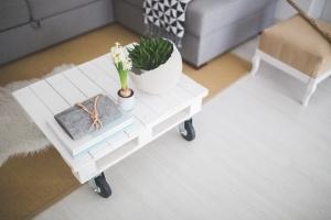 table-white-home-interior